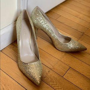 Golden sequence Nine West 7.5 heels